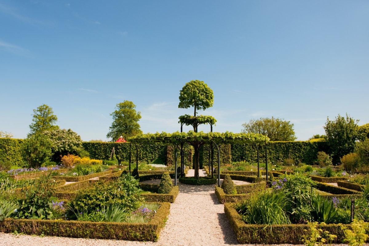 landelijke tuinen met moderne toets